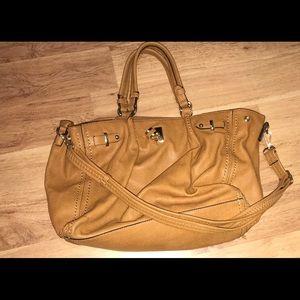 Handbags - Tan boutique purse!